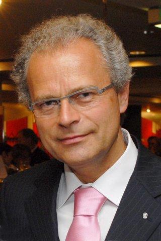 Gerd Mayerhöfer, Zahnarzt in Düsseldorf