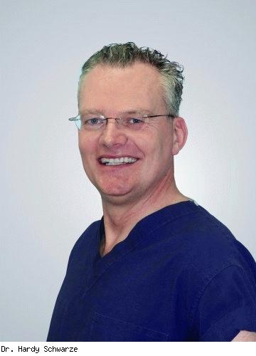 Hardy Schwarze, Facharzt für Plastische und Ästhetische Chirurgie, Facharzt für Hals-Nasen-Ohrenheilkunde in Nürnberg