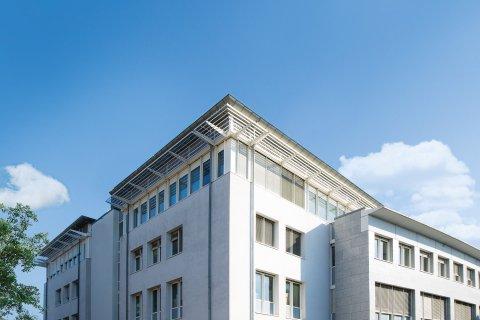 Dorow Clinic Lörrach, Zahnarztzentrum und Klinik für Plastische und Ästhetische Chirurgie in Lörrach