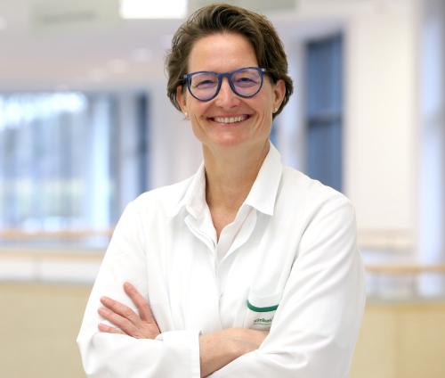 Katrin Welcker MBA, FEBTS, FECTC, Fachärztin für Allgemeinchirurgie, Fachärztin für Thoraxchirurgie in Mönchengladbach