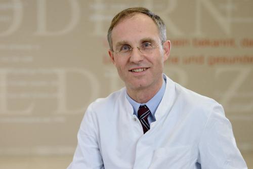 Joachim Weil, Facharzt für Innere Medizin und Kardiologie, Facharzt für Pharmakologie und Toxikologie in Lübeck