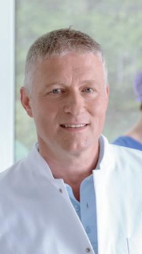 Carsten Stülzebach, Facharzt für Allgemeinchirurgie, Facharzt für Viszeralchirurgie in Friedrichroda