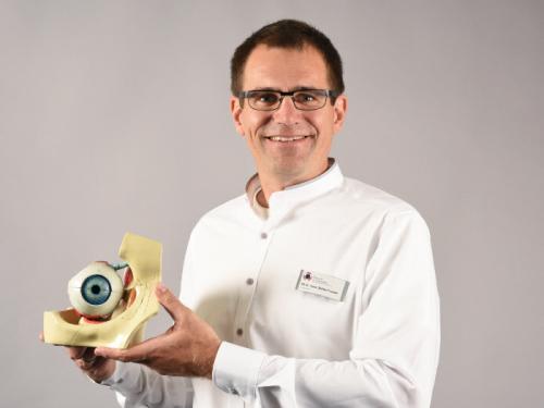 Stefan Koinzer, Facharzt für Augenheilkunde in Kiel