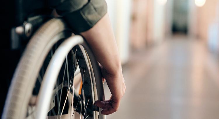 Rollstuhl-Hand